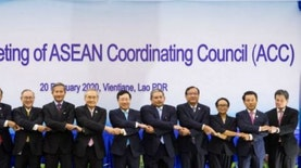 ASEAN, China Foreign Ministers Pledge to Combat Coronavirus Outbreak